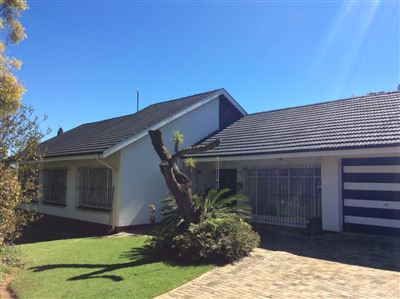 Krugersdorp, Mindalore & Ext Property  | Houses For Sale Mindalore & Ext, Mindalore & Ext, House 4 bedrooms property for sale Price:1,035,000