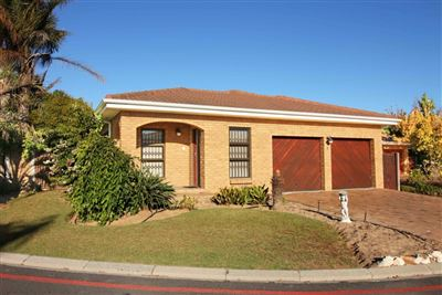 Durbanville, Sonstraal East Property  | Houses For Sale Sonstraal East, Sonstraal East, Townhouse 3 bedrooms property for sale Price:2,295,000