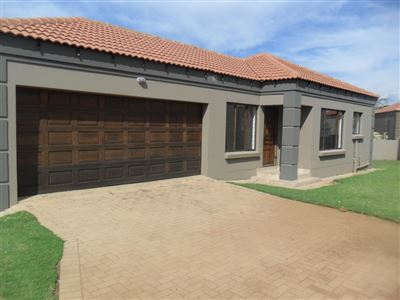 Witbank, Jackaroo Park Property  | Houses To Rent Jackaroo Park, Jackaroo Park, Townhouse 3 bedrooms property to rent Price:,  7,60*