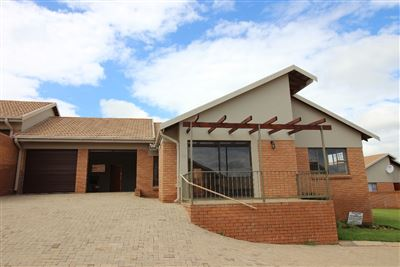 Bloemfontein, Langenhovenpark Property  | Houses For Sale Langenhovenpark, Langenhovenpark, Retirement Home 2 bedrooms property for sale Price:1,749,000