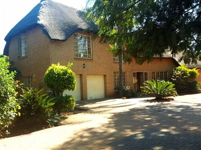 Property and Houses for sale in The Orchards And Ext, House, 4 Bedrooms - ZAR 1,250,000
