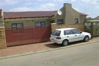 Protea City property for sale. Ref No: 13476293. Picture no 1