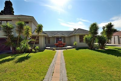 Durbanville, Eversdal Property  | Houses For Sale Eversdal, Eversdal, House 4 bedrooms property for sale Price:4,795,000