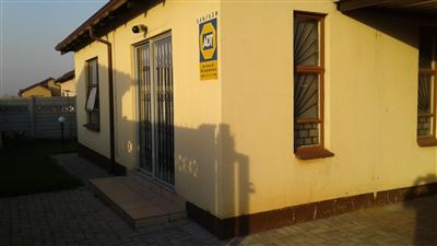 Vanderbijlpark, Vanderbijlpark Ce3 Property  | Houses For Sale Vanderbijlpark Ce3, Vanderbijlpark Ce3, House 2 bedrooms property for sale Price:450,000