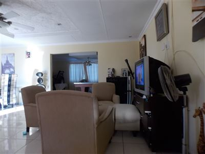 Vleikop Ah property for sale. Ref No: 13477510. Picture no 12
