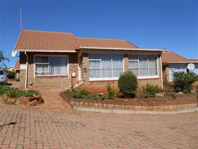 Roodepoort, Groblerpark & Ext Property  | Houses For Sale Groblerpark & Ext, Groblerpark & Ext, Townhouse 2 bedrooms property for sale Price:510,000