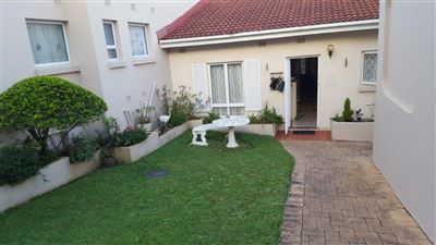 Property for Sale by Bulelwa Nqambi, Uvongo, Apartment 2 bedrooms property for sale Price:820,000