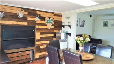 Bellville, De Bron Property  | Houses For Sale De Bron, De Bron, House 3 bedrooms property for sale Price:2,500,000