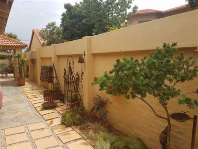 Potchefstroom, Van Der Hoff Park And Ext Property  | Houses For Sale Van Der Hoff Park And Ext, Van Der Hoff Park And Ext, Townhouse 3 bedrooms property for sale Price:1,799,000