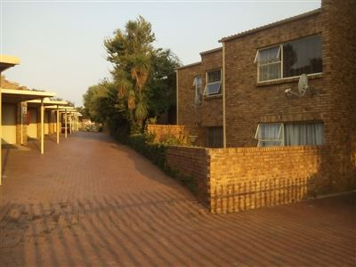 Johannesburg, Meredale Property  | Houses For Sale Meredale, Meredale, Townhouse 3 bedrooms property for sale Price:890,000