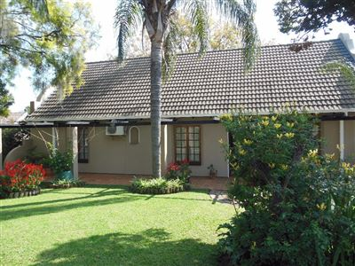 Hartbeespoort property for sale. Ref No: 13482965. Picture no 1