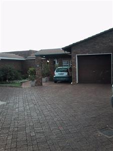 Centurion, Zwartkop Property  | Houses For Sale Zwartkop, Zwartkop, Townhouse 3 bedrooms property for sale Price:1,375,000