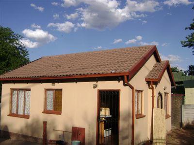 Germiston, Delville Property    Houses For Sale Delville, Delville, House 2 bedrooms property for sale Price:480,000