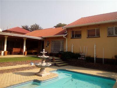 Johannesburg, Glenanda Property    Houses For Sale Glenanda, Glenanda, House 5 bedrooms property for sale Price:1,700,000