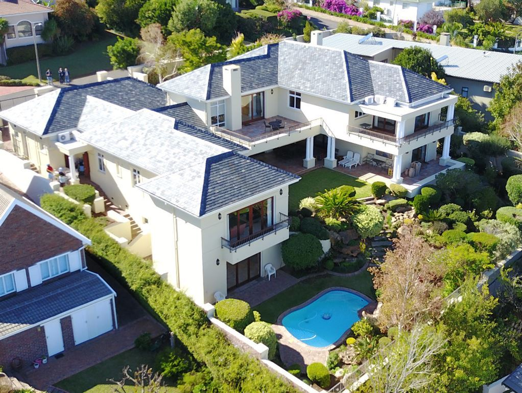 First Class Area with Incredible views in Somerset West!