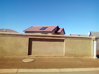 Soweto, Bram Fischerville Property    Houses For Sale Bram Fischerville, Bram Fischerville, House 2 bedrooms property for sale Price:490,000