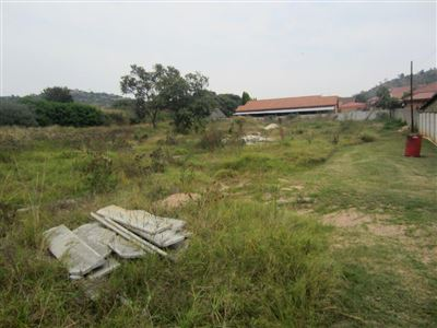 Azalea Park property for sale. Ref No: 13485193. Picture no 6