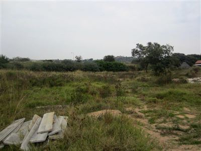 Azalea Park property for sale. Ref No: 13485193. Picture no 9