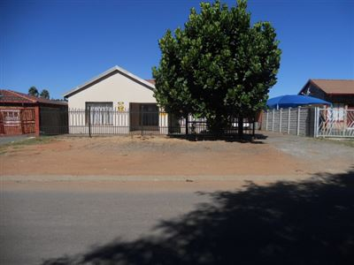Rustenburg, Rustenburg North Property  | Houses For Sale Rustenburg North, Rustenburg North, House 3 bedrooms property for sale Price:750,000