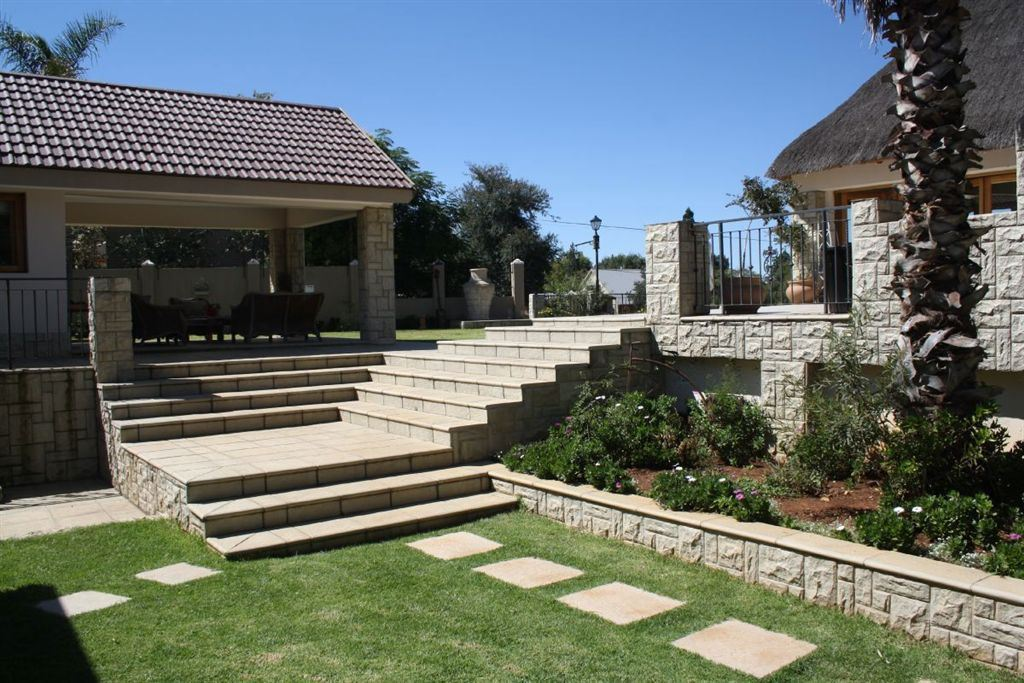 Executive Residential Guesthouse on the Vaal Dam
