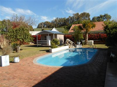 House for sale in Bergvliet
