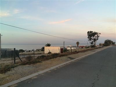Stompneus Bay property for sale. Ref No: 13486709. Picture no 12