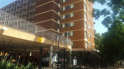 Property and Houses for sale in Pretoria Central, Apartment, 2 Bedrooms - ZAR 430,000