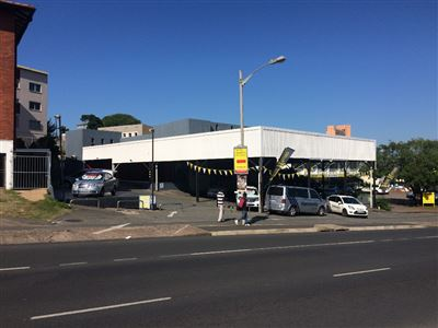 Commercial for sale in Amanzimtoti
