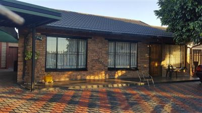 Rustenburg, Paardekraal Property  | Houses For Sale Paardekraal, Paardekraal, House 3 bedrooms property for sale Price:550,000