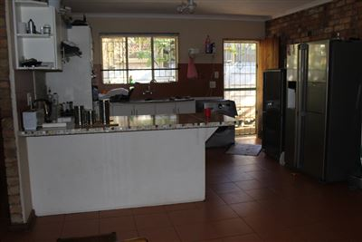 Geelhoutpark property for sale. Ref No: 13487895. Picture no 1