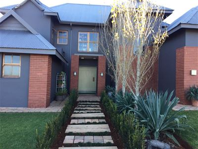 Parys property for sale. Ref No: 13328973. Picture no 2