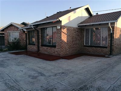 Rustenburg, Boitekong Property  | Houses For Sale Boitekong, Boitekong, House 2 bedrooms property for sale Price:435,000