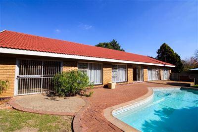 Bloemfontein, Universitas Ridge Property  | Houses For Sale Universitas Ridge, Universitas Ridge, House 6 bedrooms property for sale Price:1,825,000