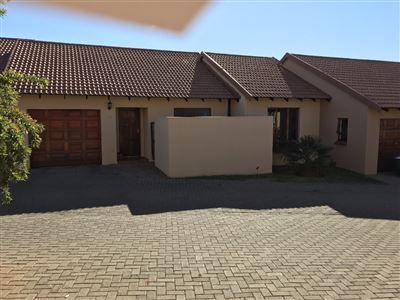 Property and Houses to rent in Free State, Townhouse, 2 Bedrooms - ZAR ,  7,00*,M