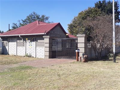 Krugersdorp, Lewisham & Ext Property  | Houses For Sale Lewisham & Ext, Lewisham & Ext, House 3 bedrooms property for sale Price:595,000