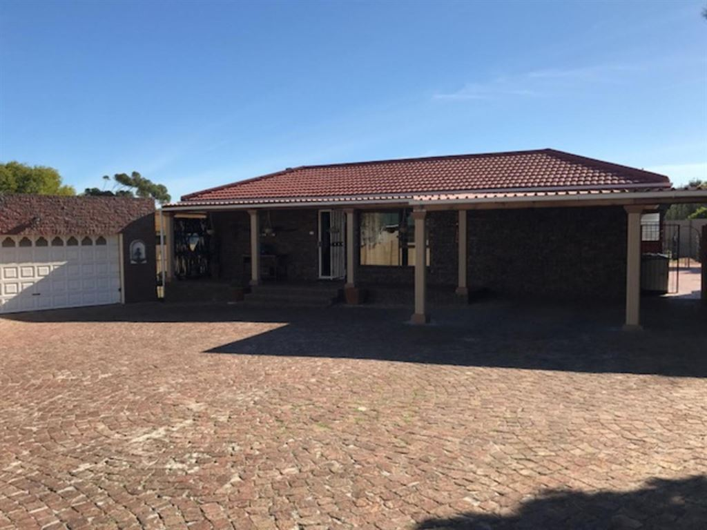 Great home in Goedemoed - extra large!
