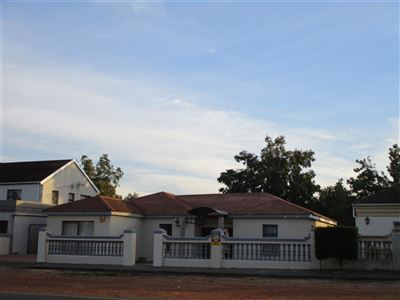 House for sale in Denneburg