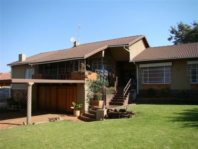 Klerksdorp, Adamayview Property  | Houses For Sale Adamayview, Adamayview, House 3 bedrooms property for sale Price:1,275,000
