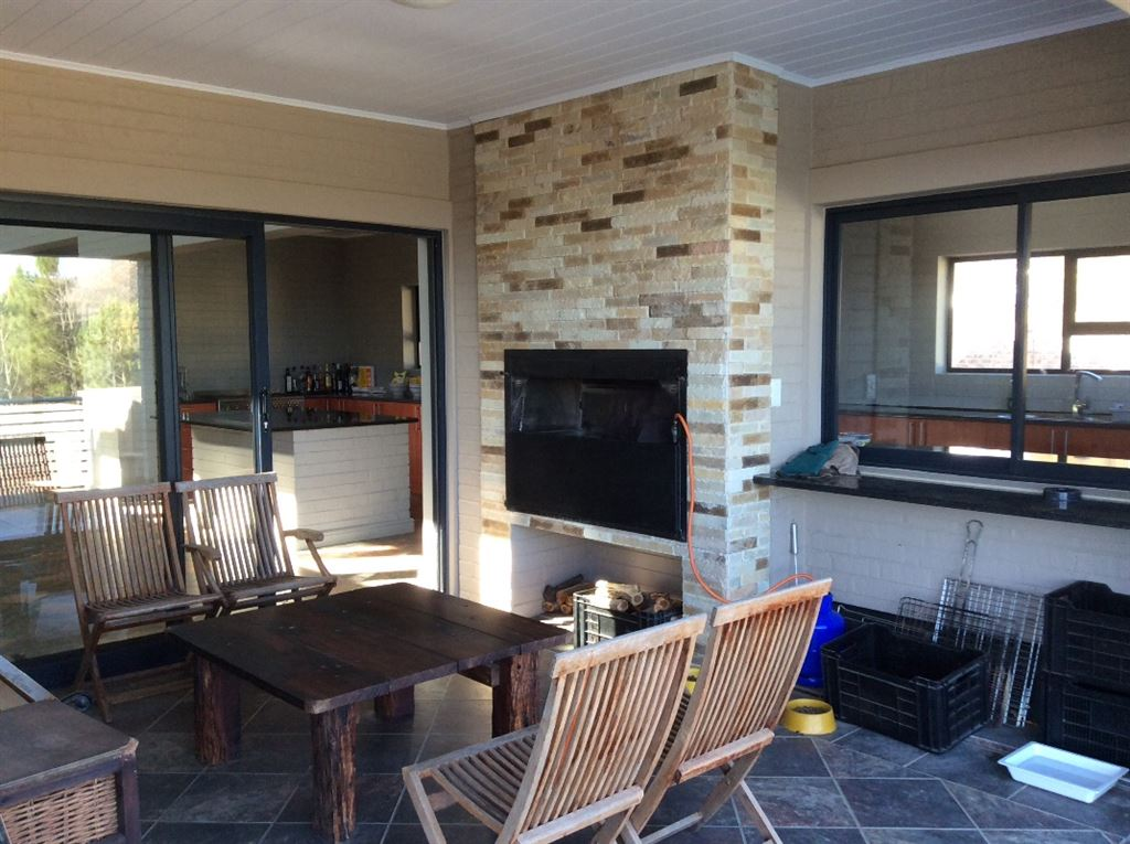 Braai patio with non slip floor tiles, under roof