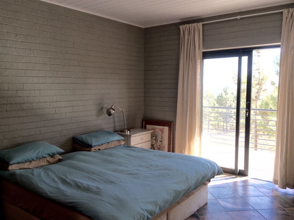 Most bedrooms have sliding doors to the balcony or garden.