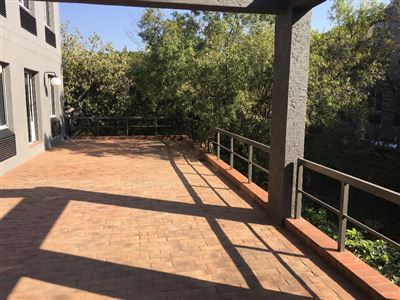 Property and Houses to rent in Woodmead, Commercial - ZAR , 33,00*,
