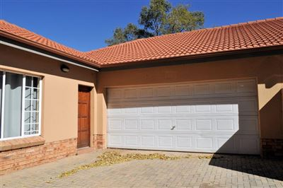 Waterval East property for sale. Ref No: 13381027. Picture no 1