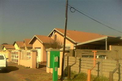 Katlehong, Katlehong Property  | Houses For Sale Katlehong, Katlehong, House 3 bedrooms property for sale Price:595,000