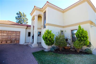 Bloemfontein, Universitas Property  | Houses For Sale Universitas, Universitas, House 3 bedrooms property for sale Price:1,900,000