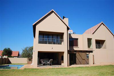 Hartbeespoort, Leloko Property  | Houses For Sale Leloko, Leloko, House 4 bedrooms property for sale Price:2,850,000