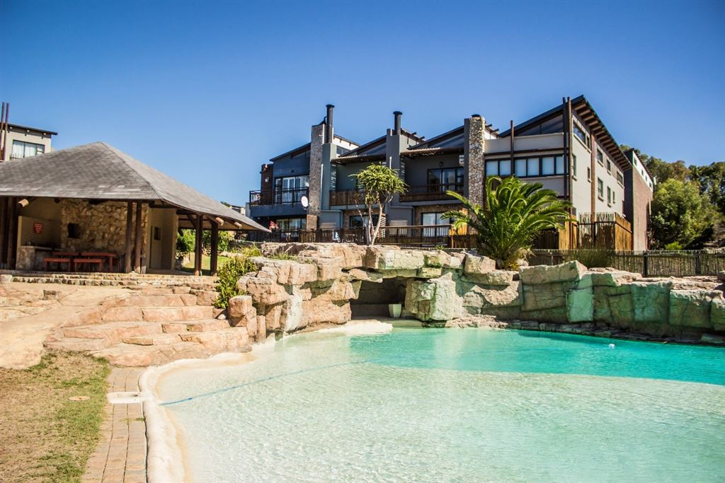 Summerstrand R2 100 000