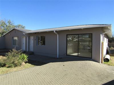 Bloemfontein, Brandwag Property  | Houses For Sale Brandwag, Brandwag, House 6 bedrooms property for sale Price:1,580,000