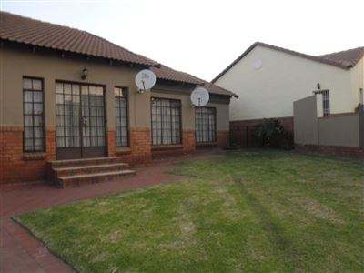 Witbank, Reyno Ridge & Ext Property  | Houses For Sale Reyno Ridge & Ext, Reyno Ridge & Ext, Townhouse 3 bedrooms property for sale Price:1,190,000