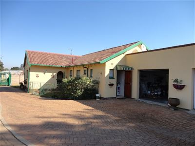 Alberton, Brackendowns Property  | Houses For Sale Brackendowns, Brackendowns, House 3 bedrooms property for sale Price:1,599,000
