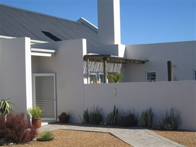 House for sale in Laguna